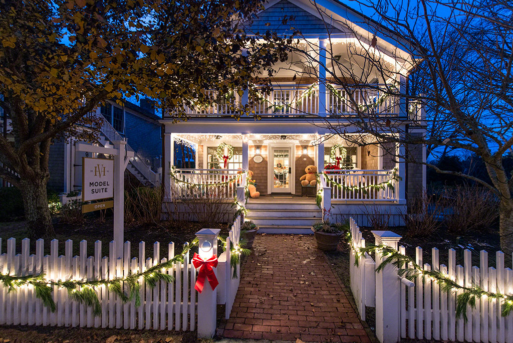 Martha's Vineyard Teddy Bear Suite Fundraiser Opens December 1, 2017 Harbor View Hotel Captain Collins Cottage #20 Edgartown